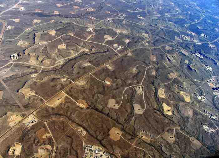 Fracking site in Wyoming. Pic:EcoFlight